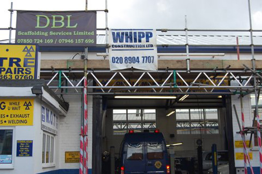 Commercial scaffolding - Access optimised for the garage